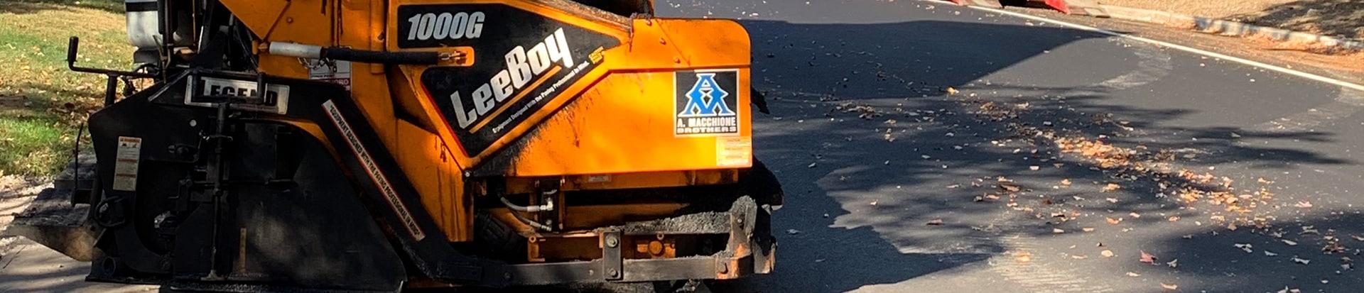 leeboy asphalt paver